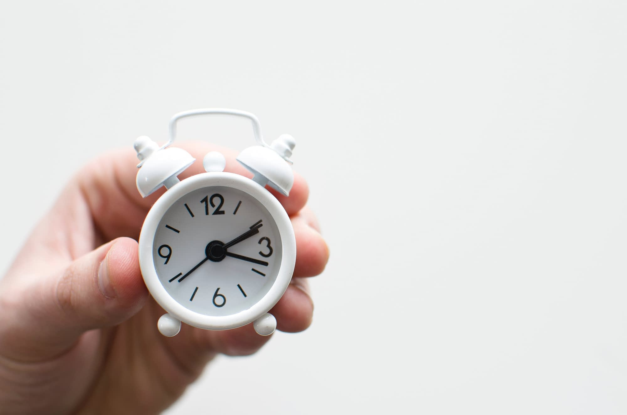 3 Ways Mobile Time Clock Saves Your Company Time